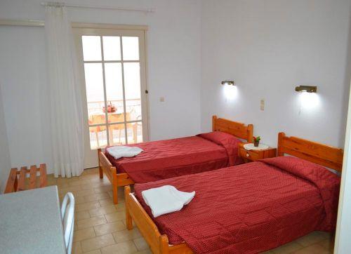 Koskinas Apartments 2*