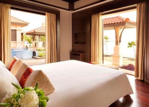 ANANTARA DUBAI THE PALM RESORT & SPA 5 *