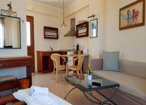 Amazones Village And Suites 4*