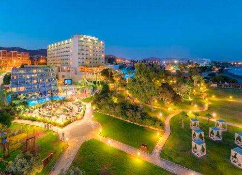 St. Raphael Resort 5*