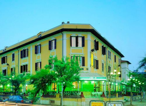 Des Bains Hotel (Pesaro) 3*