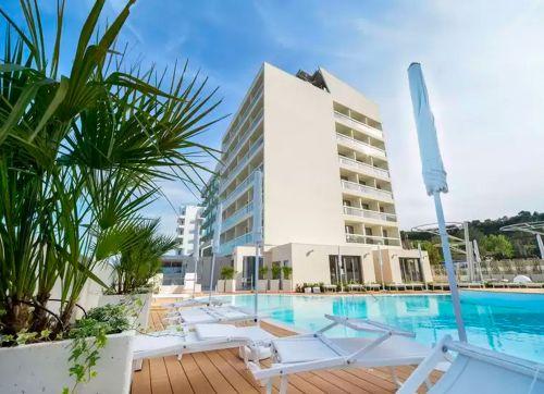 Nautilus Family Hotel (Pesaro) 4*