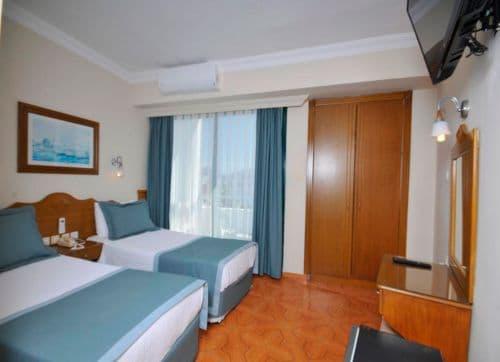 Class Beach Hotel 3*