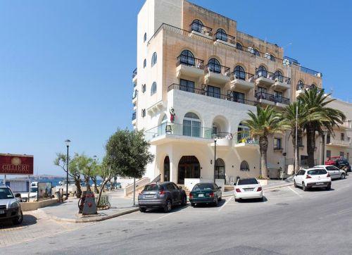 Gillieru Harbour Hotel 4*