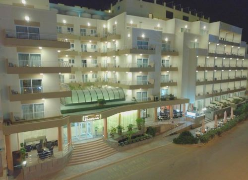 Santana Hotel 4*