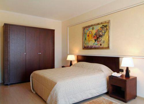 Ih Hotels Roma La Mela 4*