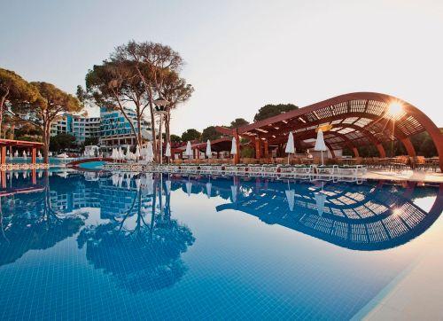 Cornelia Deluxe Resort 5*