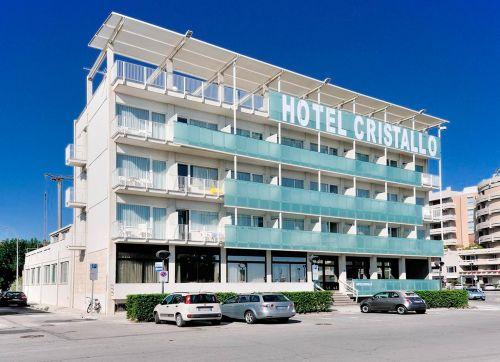 Hotel Cristallo 3*
