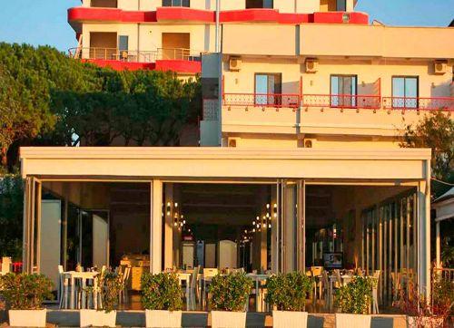 Aler Hotel Durres 3*