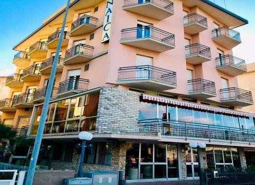 Hotel Naica 3*