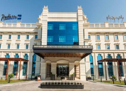 Radisson Blu Hotel Ajman 5*