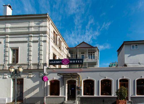 Cattaleya Hotel 4*