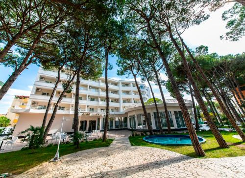 ALER Luxury Resort Durres 4*